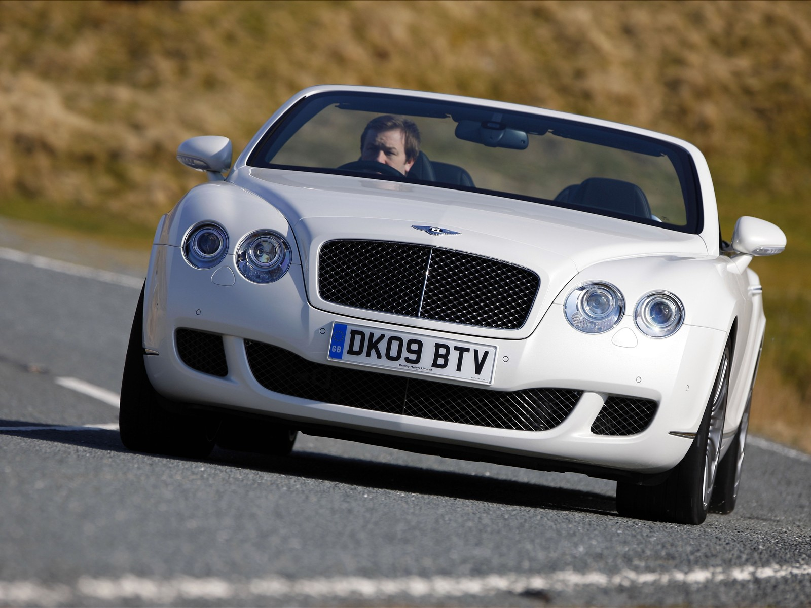 Nice car zone bentley motors limited for Bentley motors limited dream cars
