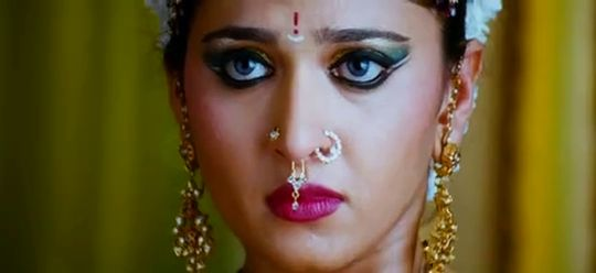 Screen Shot Of Hollywood Movie Nagavalli (2010) In Hindi Telugu Full Movie Free Download And Watch Online at worldfree4u.com