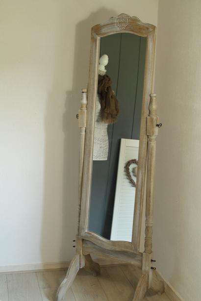 Aviale landelijke woonaccessoires online landelijke for Staande spiegel hout