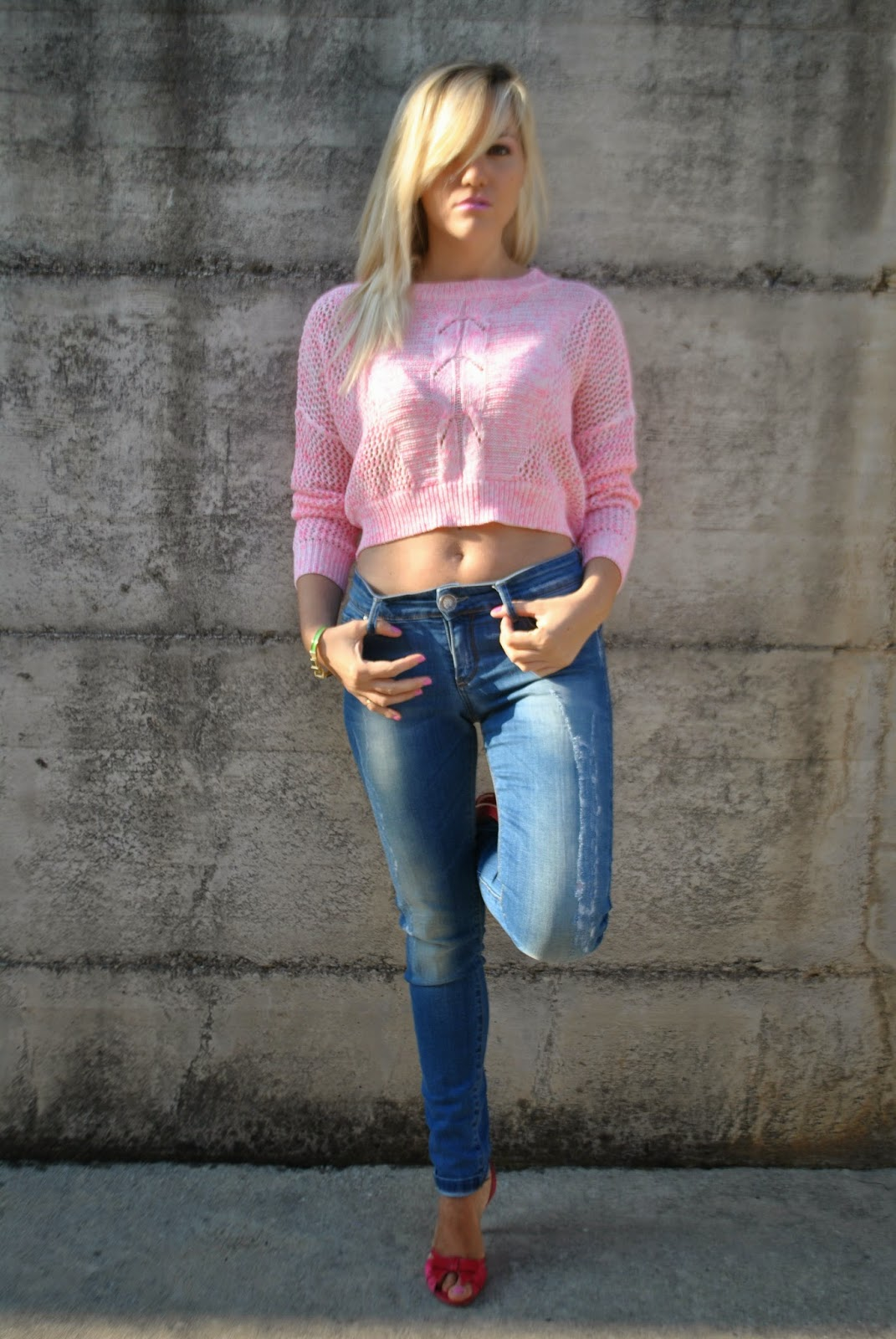 outfit casual outfit casual estivi outfit jeans skinny outfit jeans e crop top a maniche lunghe crop top rosa con trecce crop top pimkie