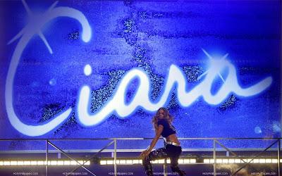 Ciara Glamorous Singer Wallpaper