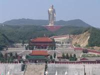 Bouddha du temple du Printemps Chine