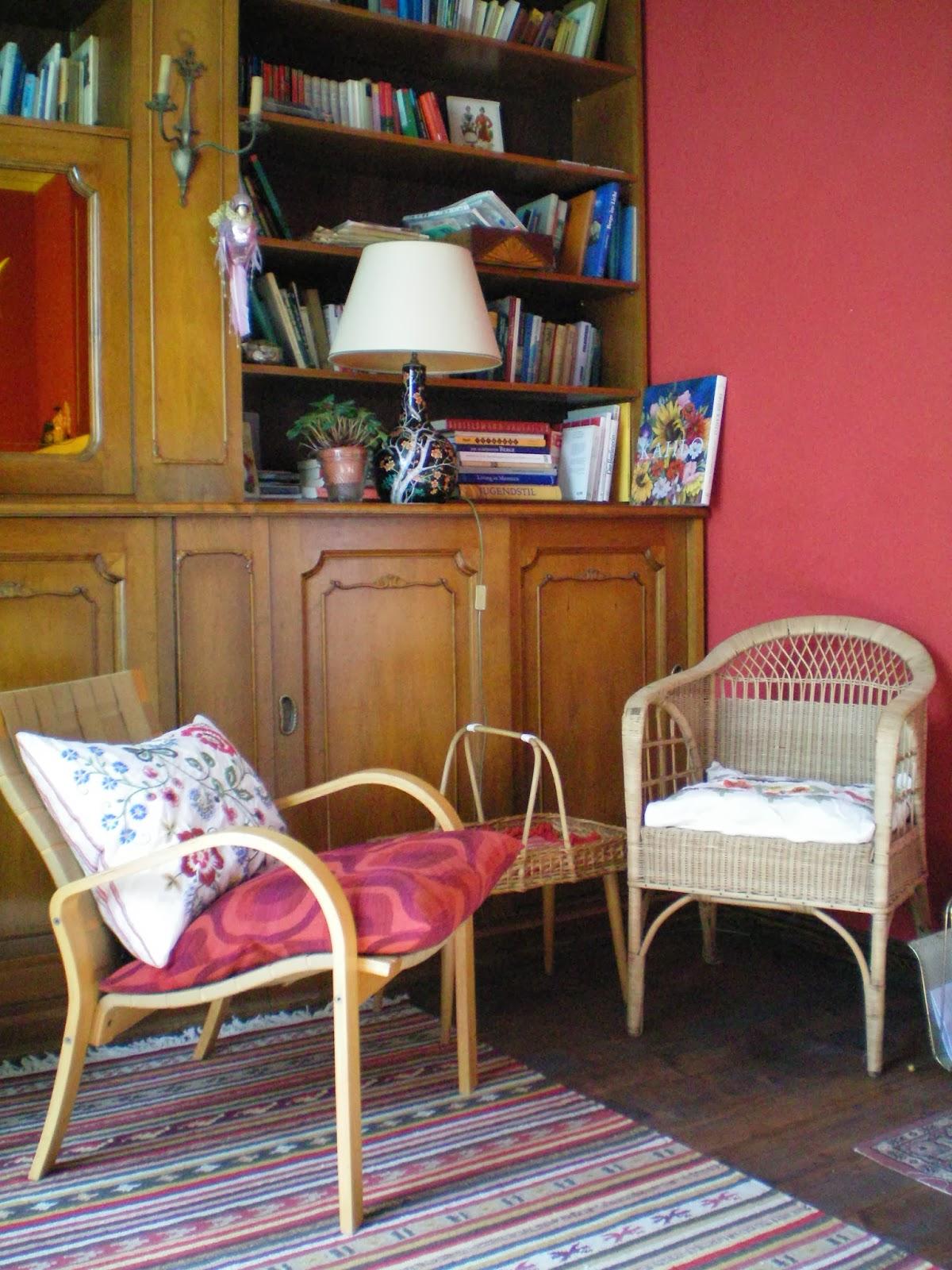 bahnw rterh uschen neue alte sessel. Black Bedroom Furniture Sets. Home Design Ideas