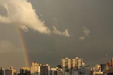 arco-íris em abril
