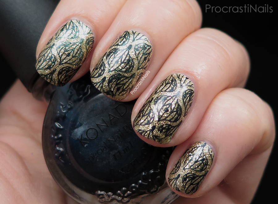 12 days of christmas nail art christmas ornament stamping this mani started out because i loved the gold accent nail i did for my christmas tree nails so much that i wanted to use it again prinsesfo Gallery