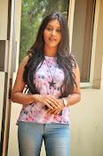 Pooja jhaveri new glam pics-thumbnail-12