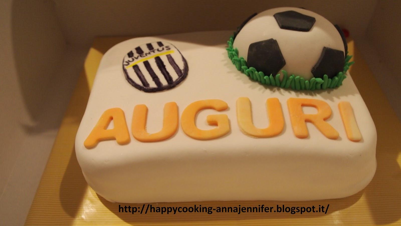 decorazione di torte per bambini: torta a due piani con rose ... - Decorazioni Torte Juventus