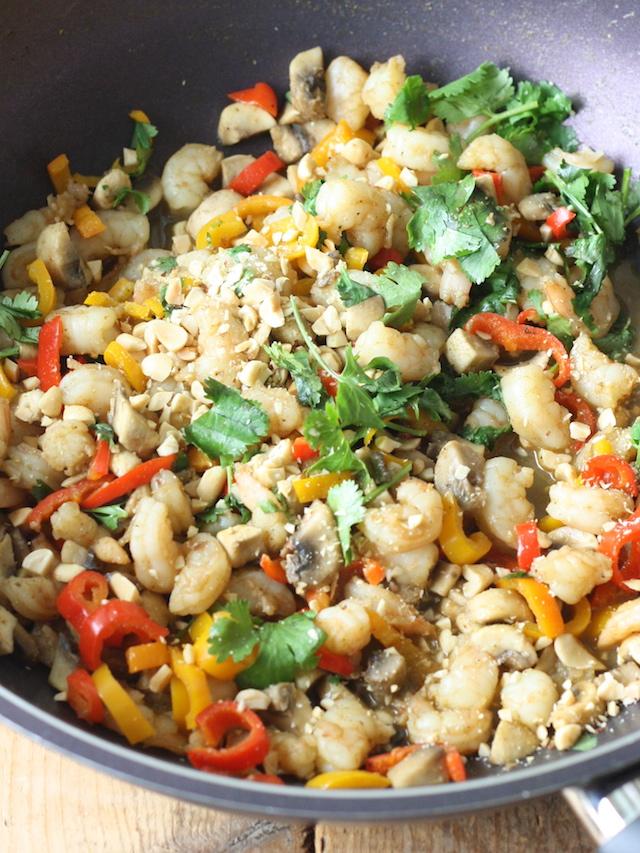 Thai Shrimp Stir Fry recipe by SeasonWithSpice.com
