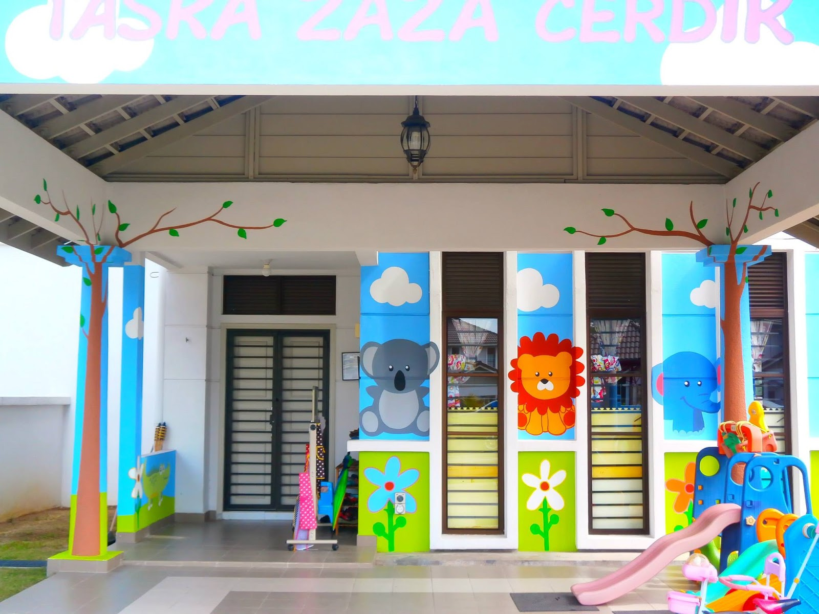 warna arts happiness in mural painting taska zaza cerdik