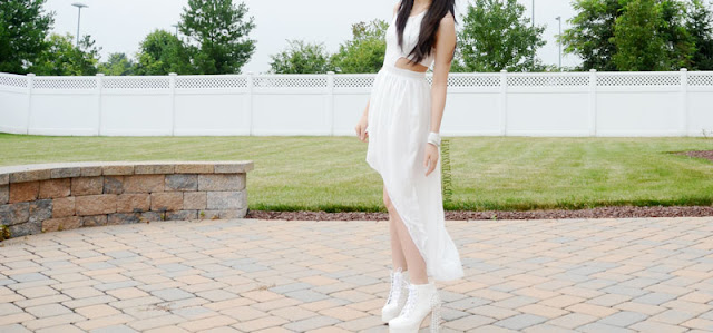 More photos of the flowy white high-low asymmetric hem dress from WalkTrendy.