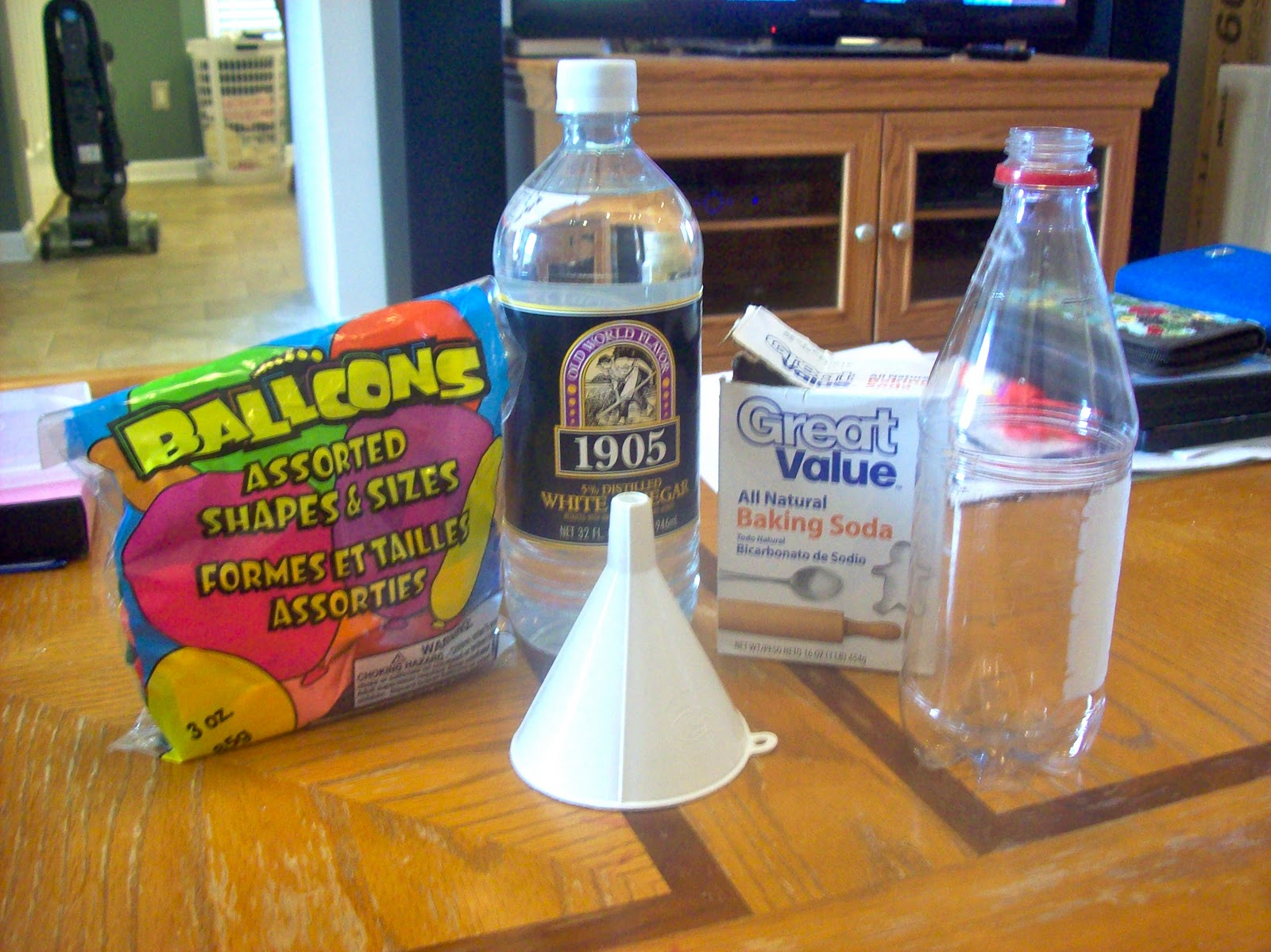 Science Fair Project Soda Fizz http://centralpiedmontmommies.blogspot.com/2012/01/science-mom-build-fizz-inflator.html