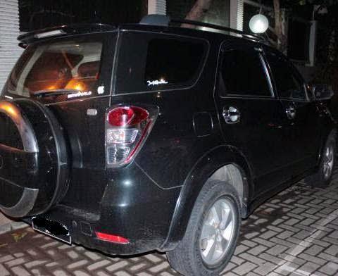 Panwaslu Gorontalo Tangkap Mobil Dinas Berisi Kaos Caleg dan Miras