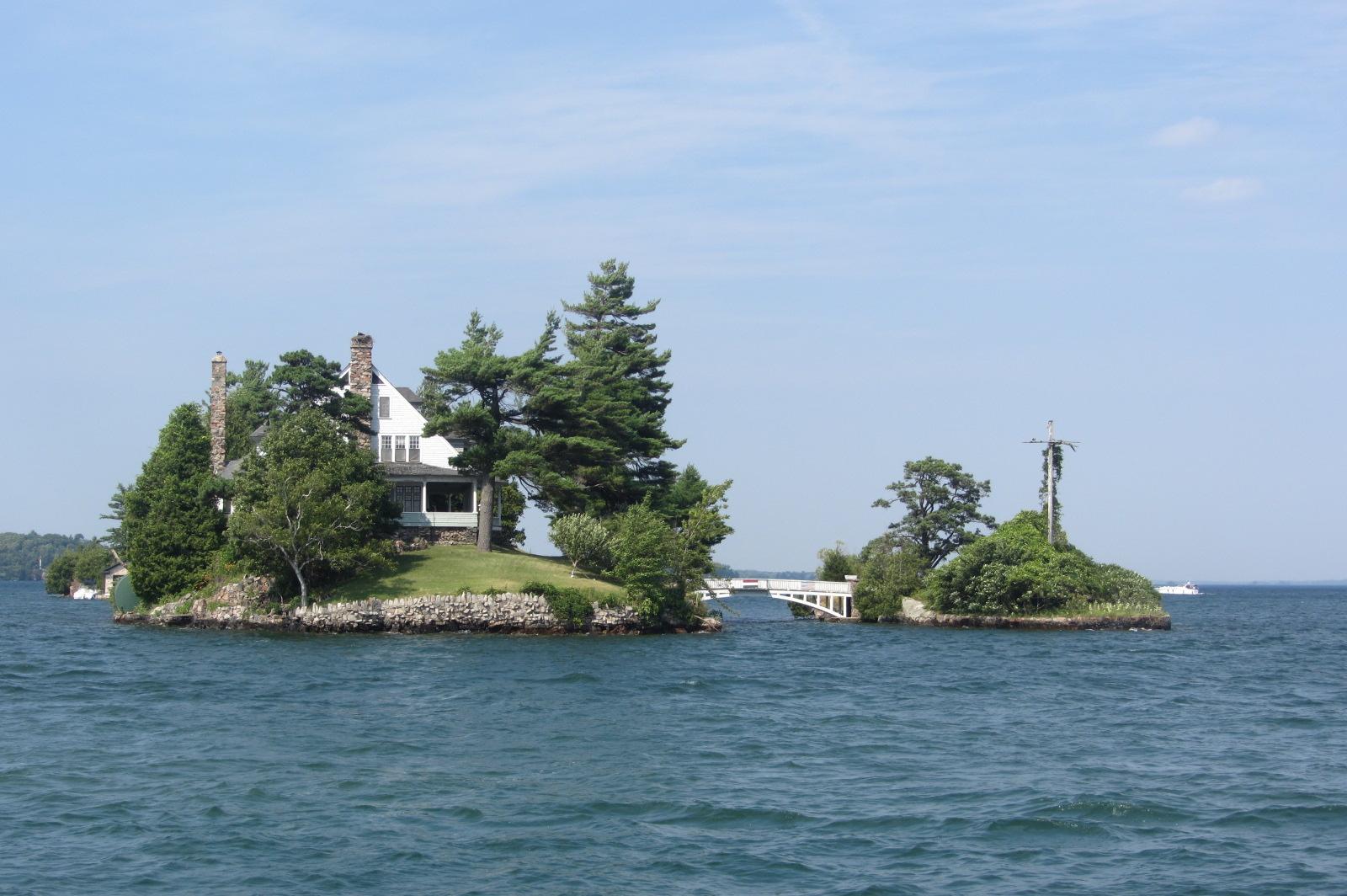 Tiny Islands One House