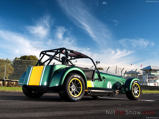 2013 Caterham R600 Superlight preview ,2013 Caterham R600 Superlight price £44,995 , 2013 Caterham R600 Superlight Specs 2.0 Ford Duratec Supercharger 275 hp.