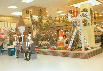 pleasant family shopping it 39 s christmastiiiiime in ford city. Cars Review. Best American Auto & Cars Review