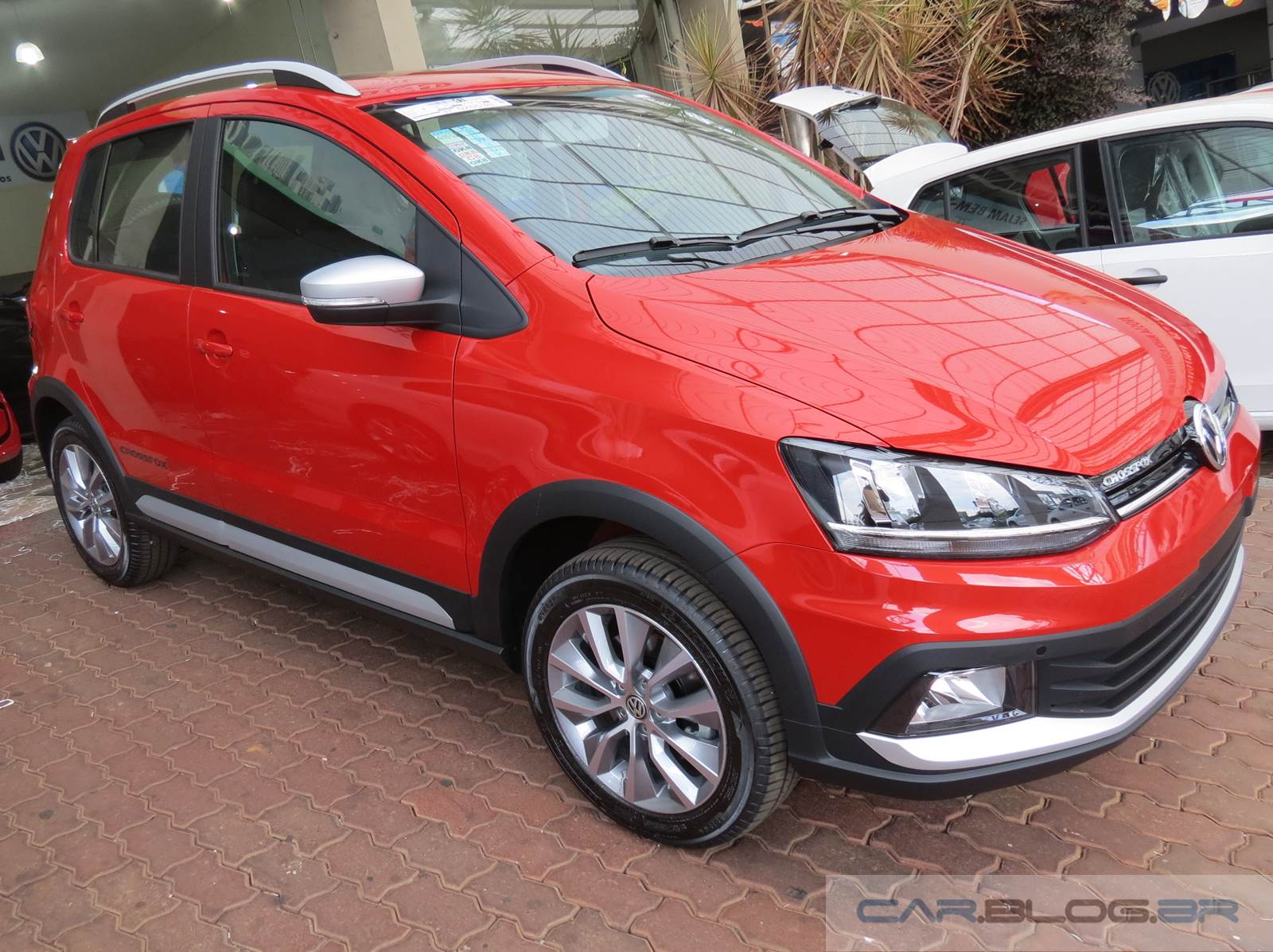 Novo VW CrossFox 2015