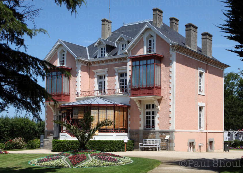 Christian Dior home in Granville