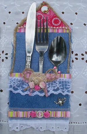 Shabby Chi silverware pocket