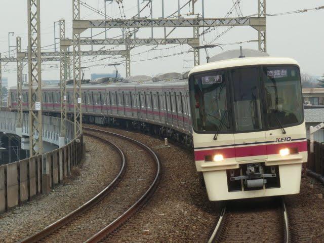 京王電鉄 各停 若葉台行き 8000系(平日3本運行)