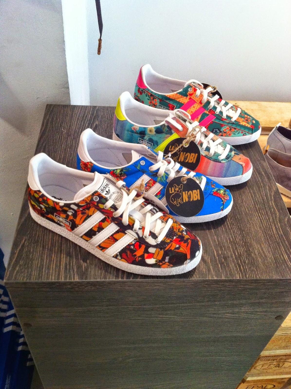 Las sneakers bien colocadas para la venta