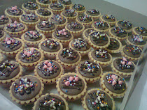Baby choc cheese tart