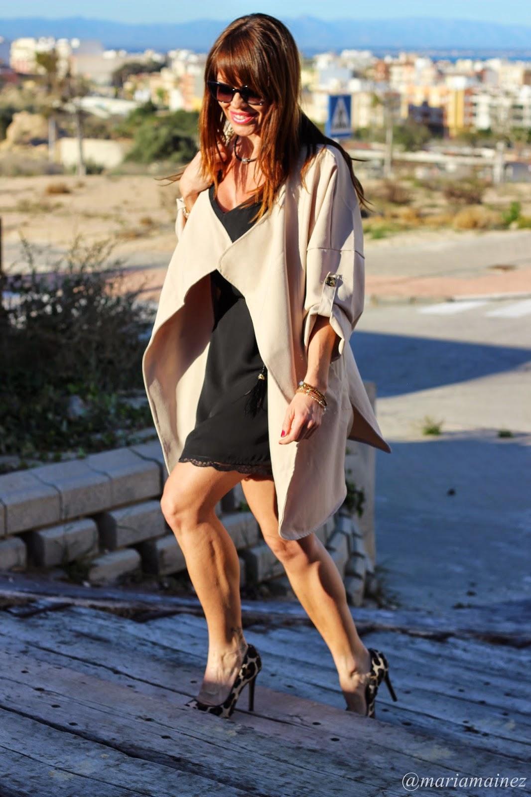 Gabardina verano - Sheinside - Stilettos leopardo - Fashion blogger - Gafas Chanel