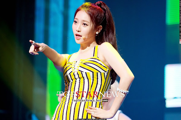 Girl's Day Yura Darling Live