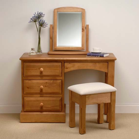 Simple Dressing Table : dressing unit is incomplete without half or full length mirror... so ...