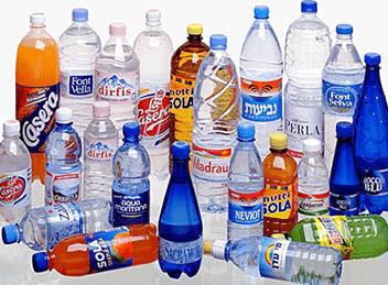 aquí os dejamos unas idéas para poder reciclar botellas de plastico