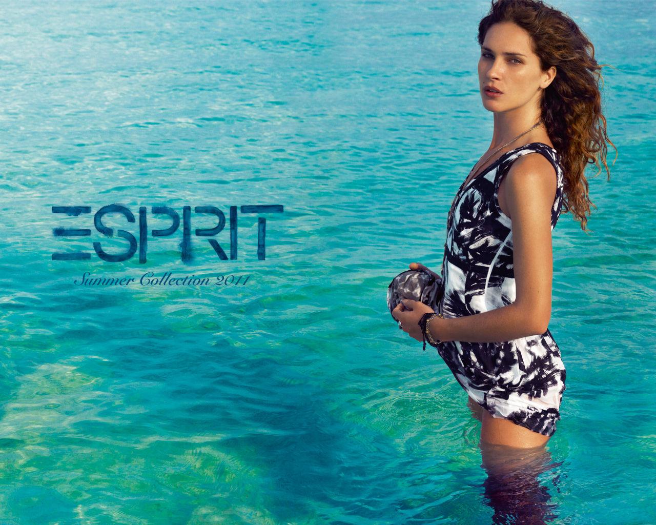 Kristen Stewart Gallery: Erin Wasson (Espirit Campaign S/S 2011) HQ ...