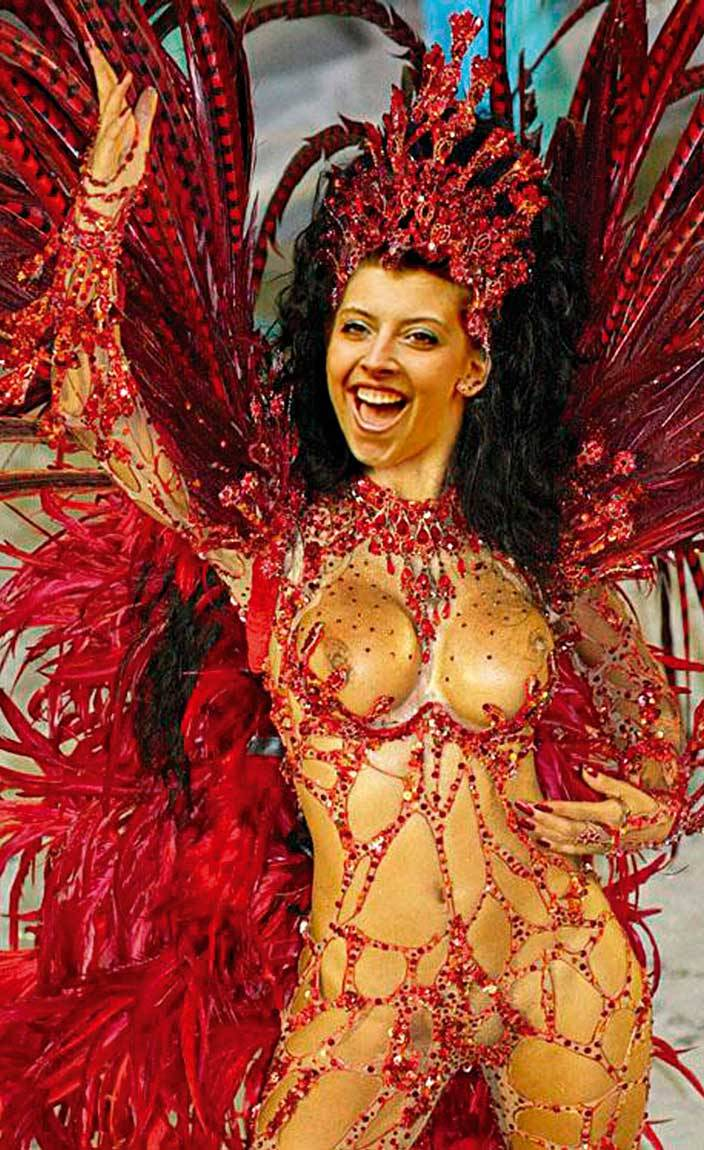 Rio Carnival, Model Fabia Borges, posted on 02-03-2012 15:55