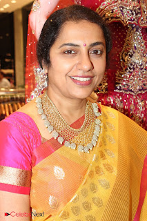 Suhasini Manirathnam Pictures in Saree at Kalanikethan Store Launch  0002