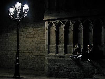 Boiserie c nero black noir 30 idee di arredo for Arredamento stile gotico