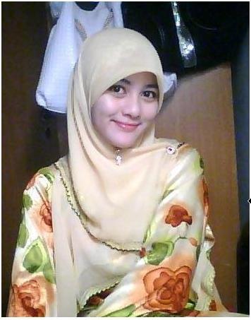cewek muslim dan cantik