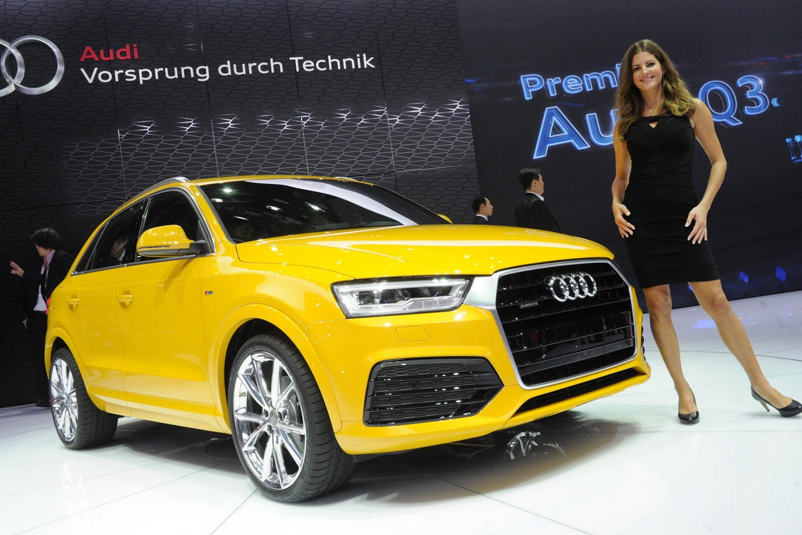 2016 audi q3 facelift comes to us priced from 33 709 carscoops. Black Bedroom Furniture Sets. Home Design Ideas
