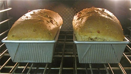 http://www.kingarthurflour.com/blog/2011/01/07/a-loaf-with-a-story-jan-bretts-crunchy-whole-grain-bread/