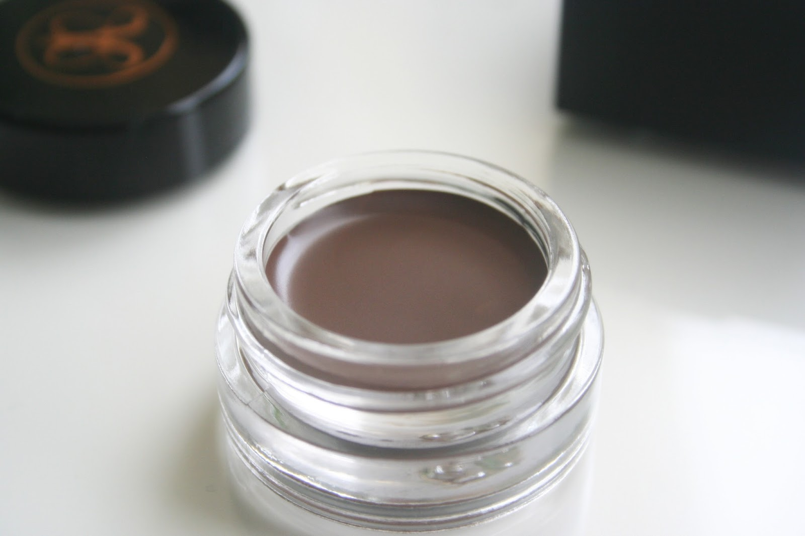 Anastasia_Beverly_Hills_Dipbrow_Pomade_Chocolate