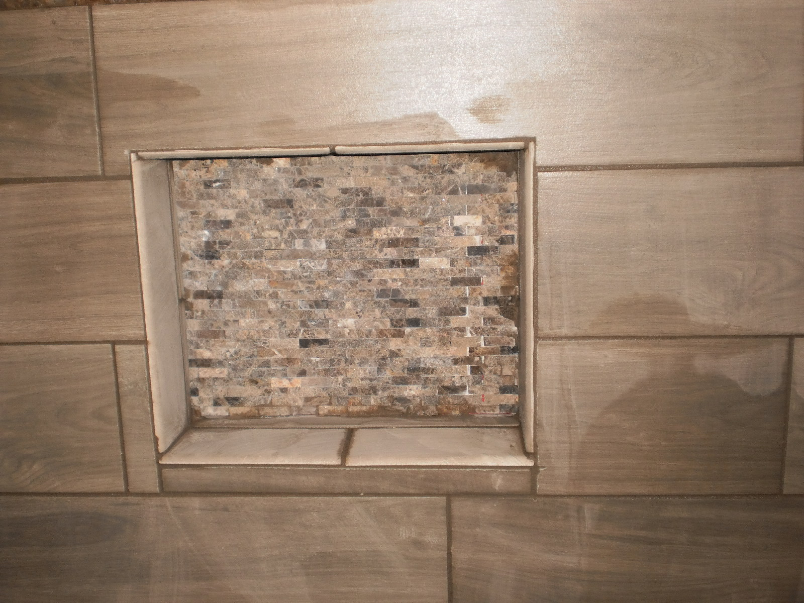 Beau Mosaic Tile Shower Soap Box