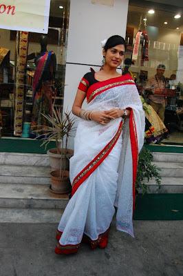 shraddha das new saree unseen pics