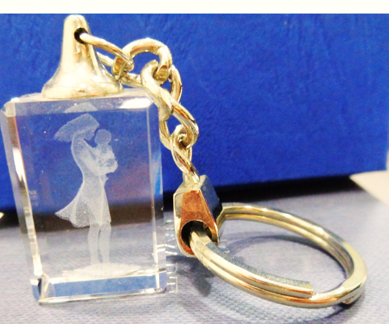 Llavero de vidrio óptico con dibujo de madre con bebé