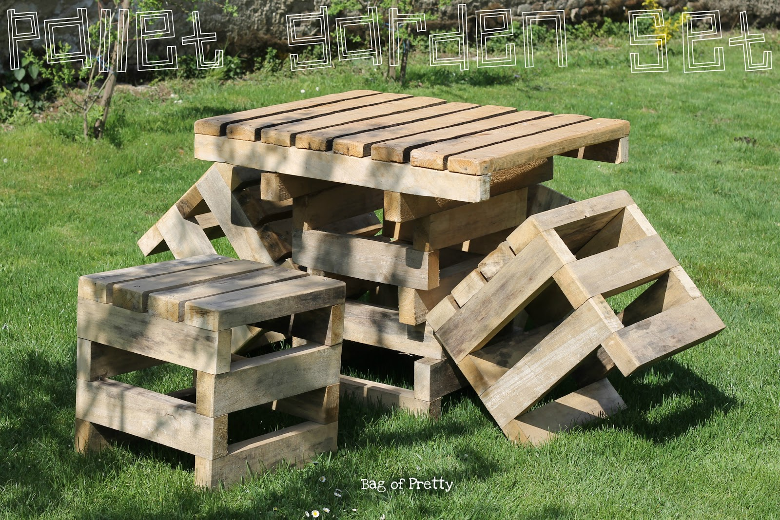Bag of pretty surprise surprise pallet garden furniture Chairs made out of wooden pallets