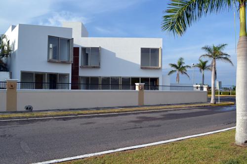 Podio casa chapman por sprb arquitectos - Amutio y bernal arquitectos ...