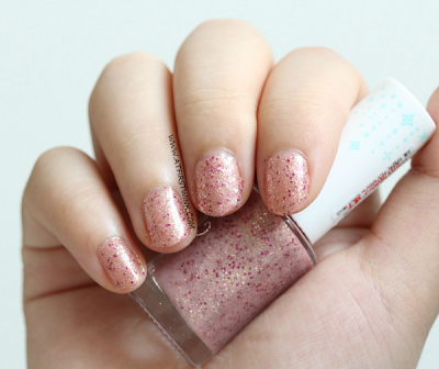 Review: Etude House Bling in the Sea nail polish no. 2 - Magical Kiss