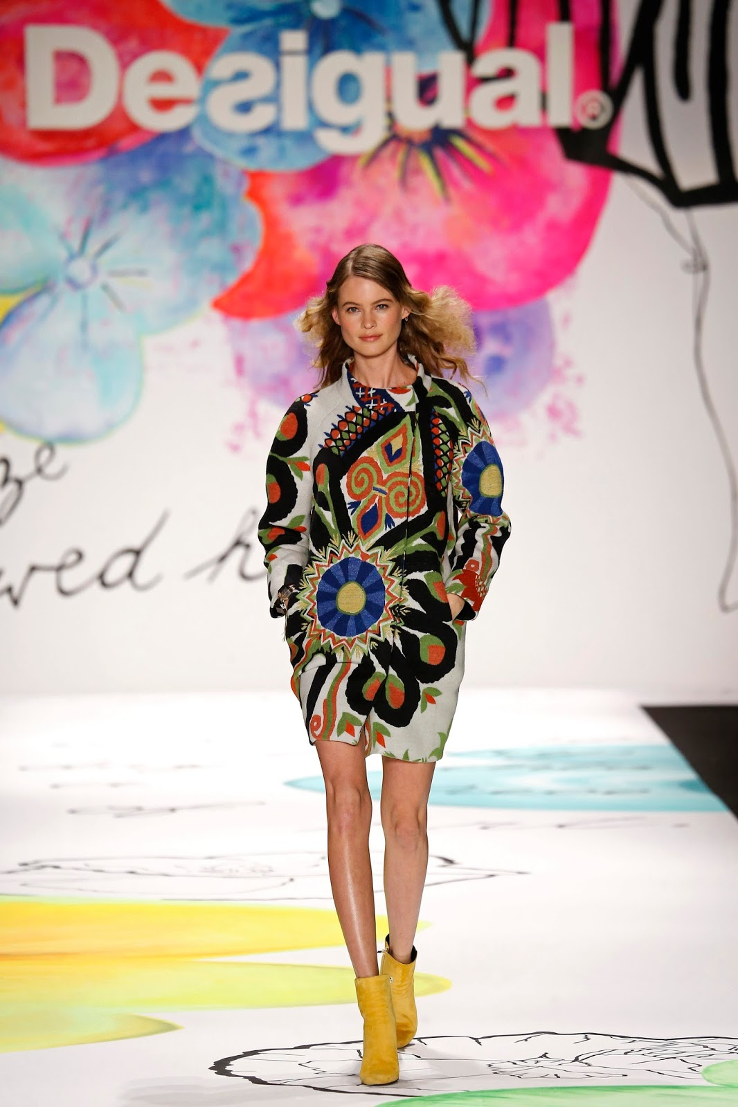 collection yes desigual