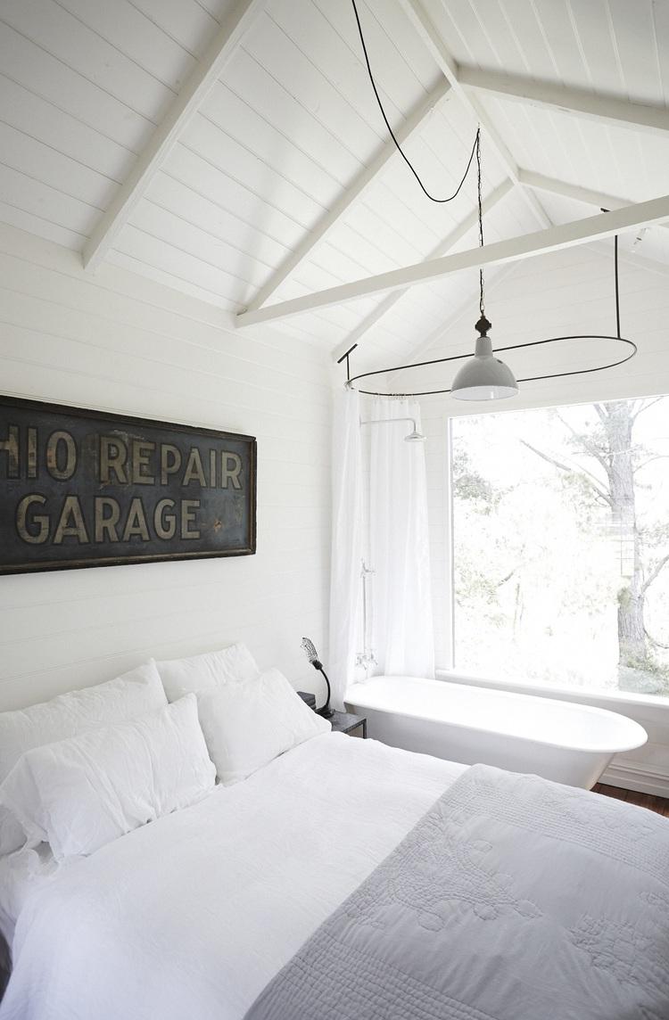 El estudio - decoración vintage en blanco y madera