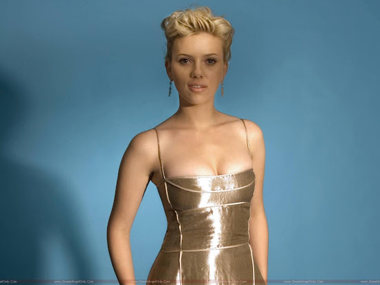 Scarlett_Johansson_beautifil_wide_wallpaper