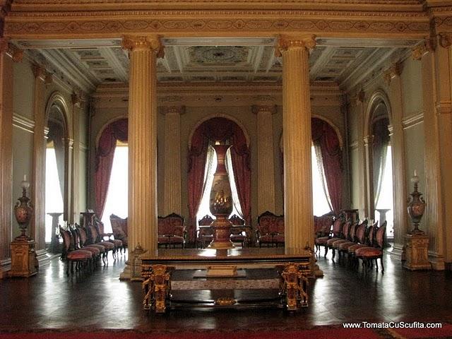 Palatul Dolmabahce Istanbul resedinta ultimilor sultani Salon-palatul-dolmabahce