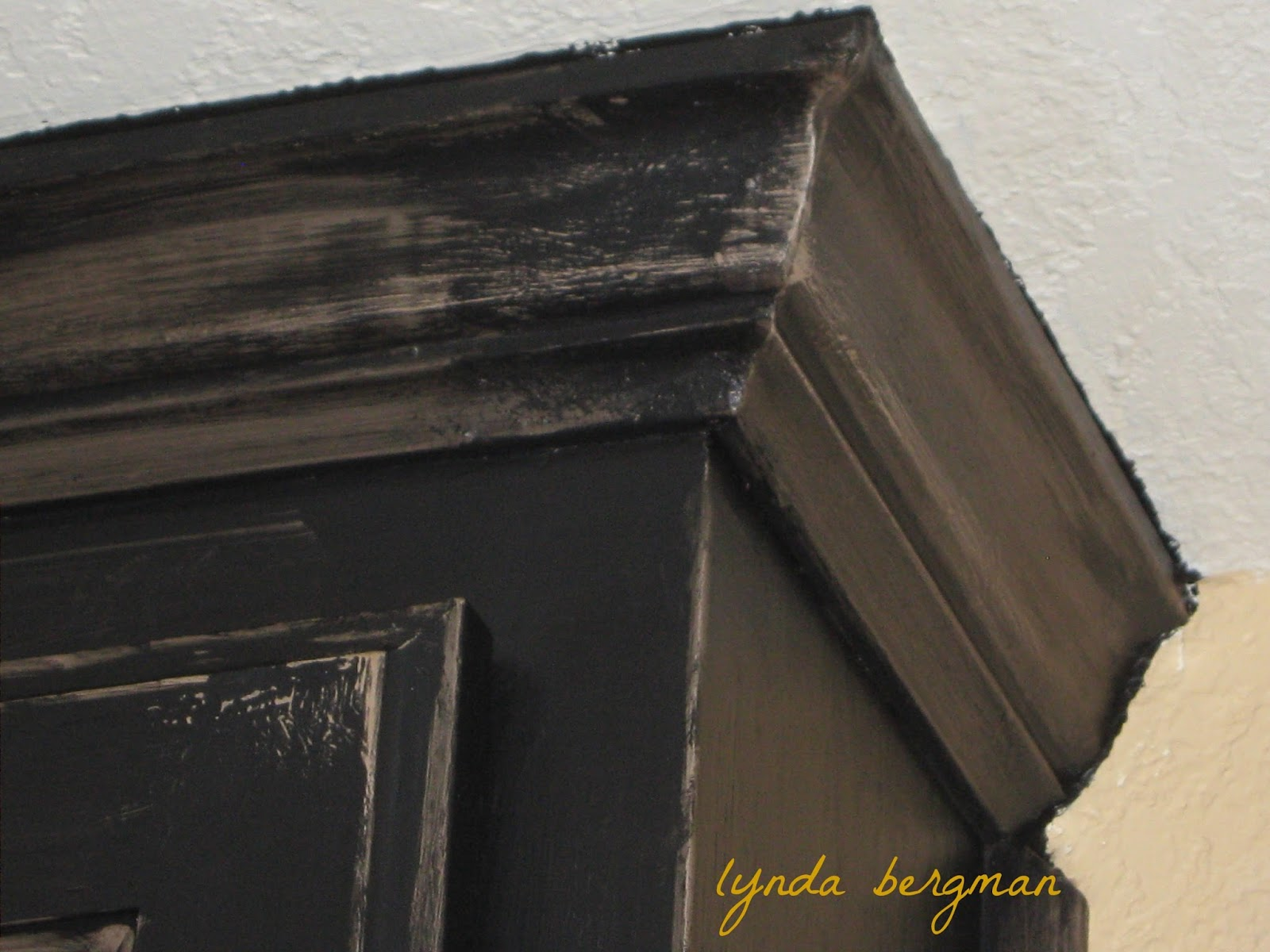 Lynda Bergman Decorative Artisan Painting A Black Distressed Finish On Lori 39 S New Wet Bar