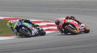 Rossi Bantah Tendang Marquez di MotoGP Malaysia 2015