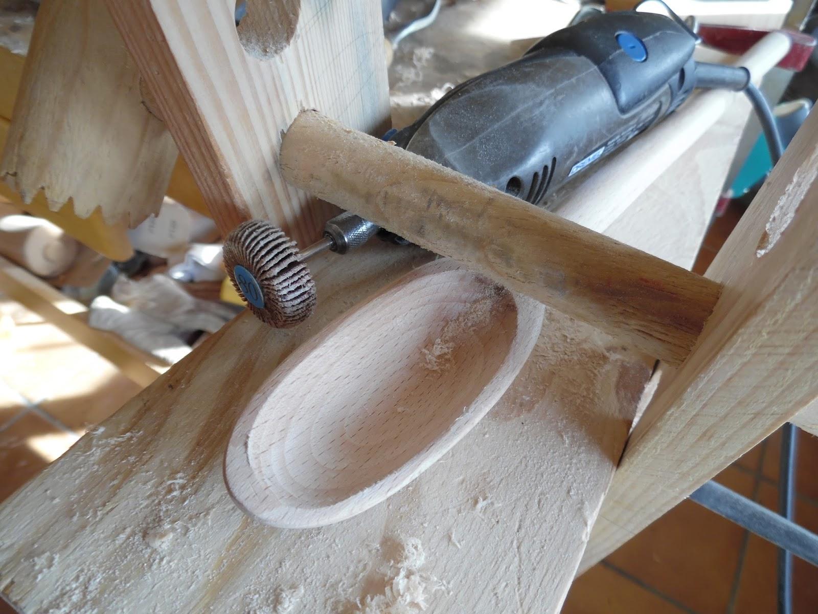 El rinc n de un aprendiz una cuchara en madera de haya - Lija para taladro ...